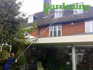 gutter cleaning in North London